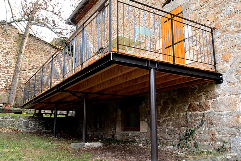 Quel est le prix d'une terrasse sur pilotis ?